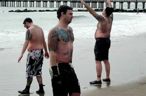 Manna_tattooboys-on-beach